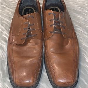DOCKERS Leather Comfort Shoes // Men's Size 12W
